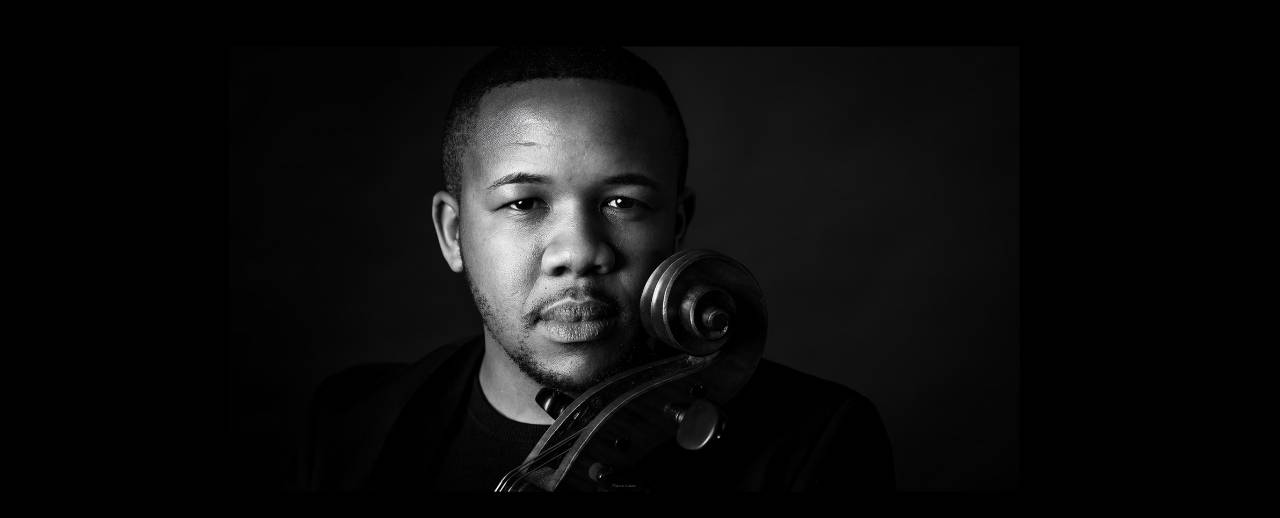 Image of South African cellist Thapelo Masita