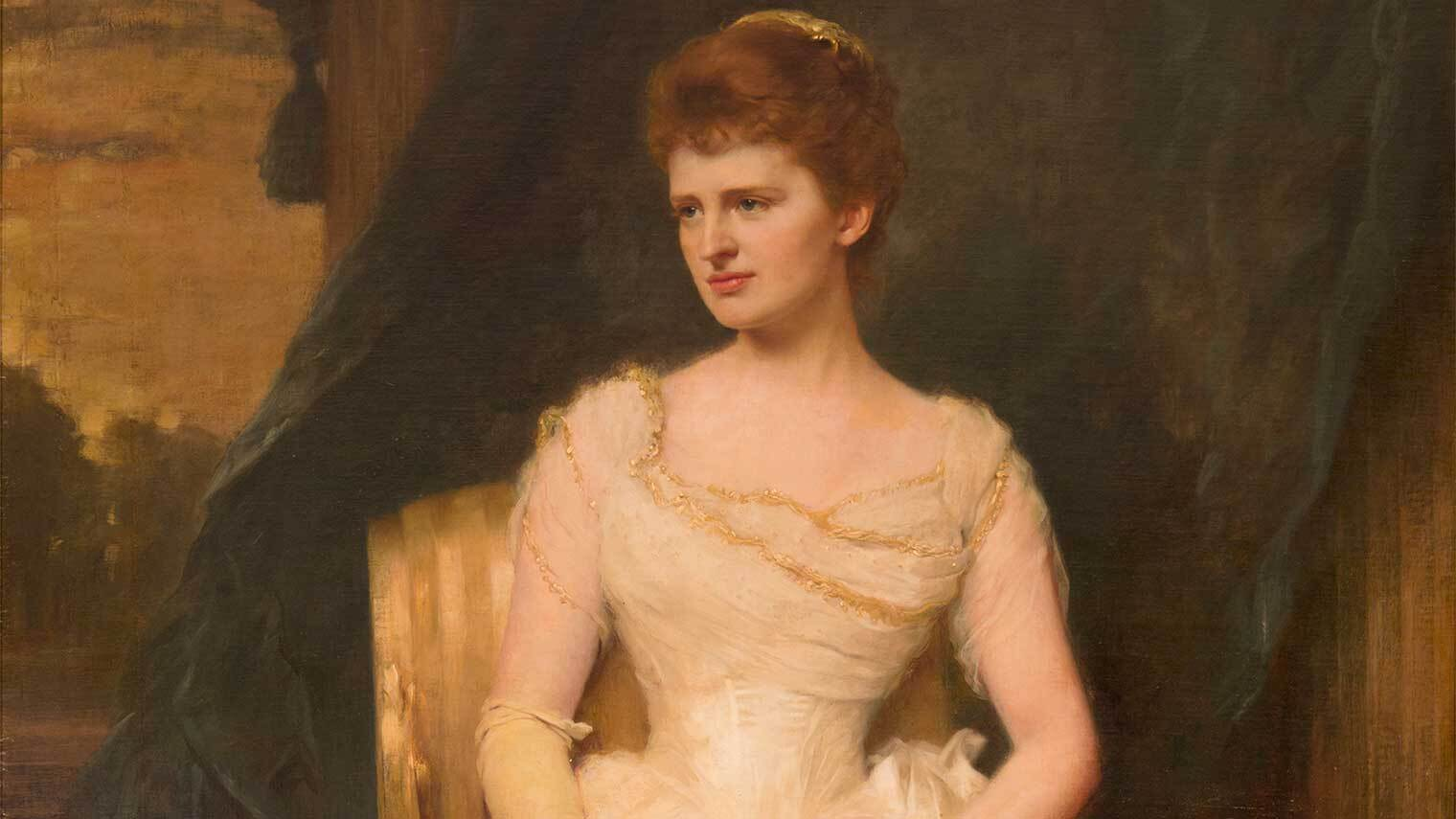 A well-dressed woman poses for a painting in an elegant off-white ballgown